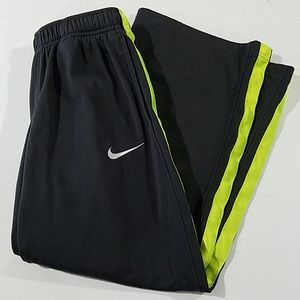Boys Nike sweats dri-fit small
